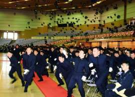 防衛大卒業式-1.jpg